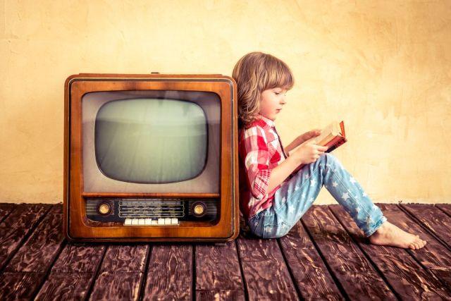 ¿Te enorgulleces de no ver la TV?... Te estás perdiendo estos programas literarios