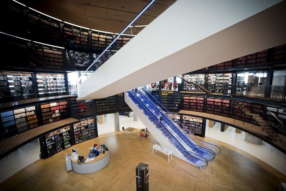 The Library of Birmingham. CC Bs0u10e01