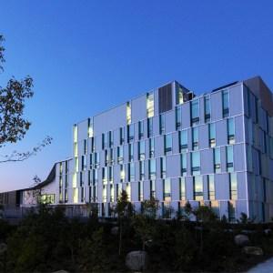 Algonquin College 亞崗昆學院