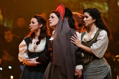 Madame-Hunchback of Notre Dame-CFCArts [Photo Credit: M & M Cairns]