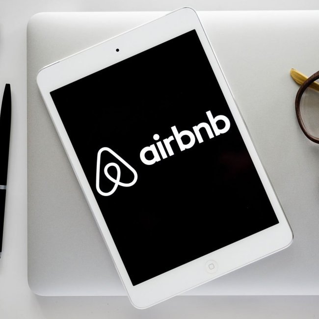 Is Airbnb a Ponzi Scheme?