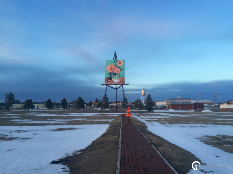 Road Trip Adventures with JulieG.TV in Goodland, Kansas - Sunflowers 4