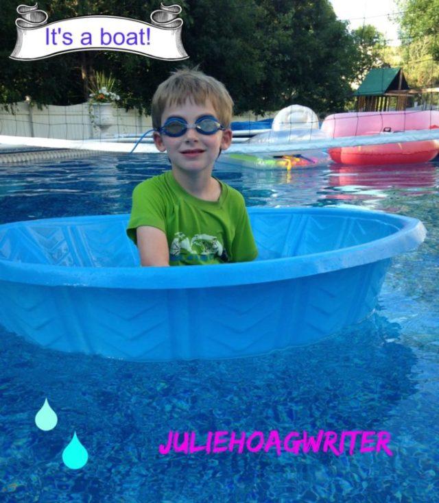 Kiddie pool boat