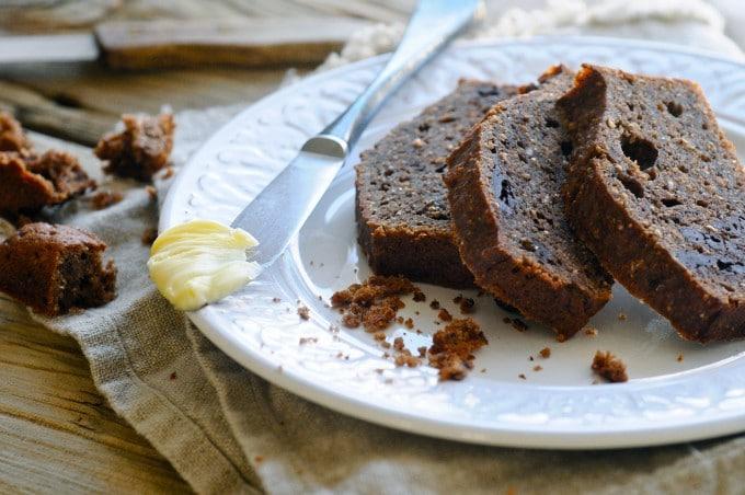 Sund bananbrød opskrift med chokolade| www.juliekarla.dk