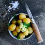 Nye kartofler med løvstikkesmør