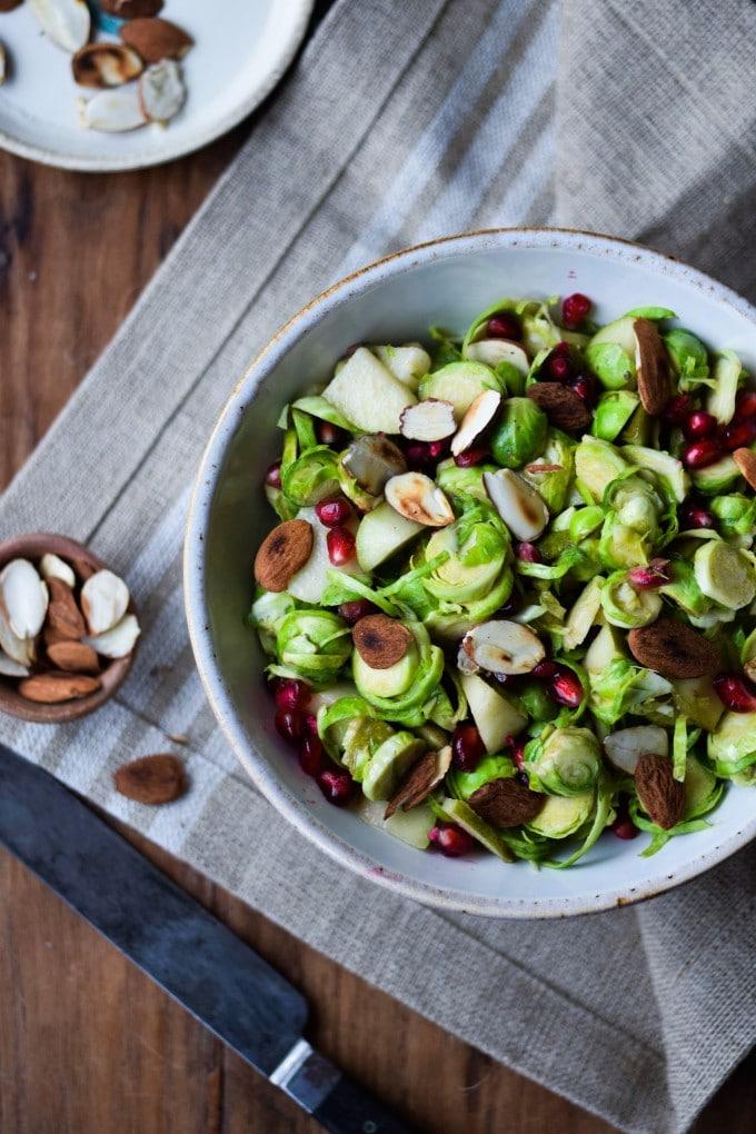 Salat med rosenkaal af julie karla
