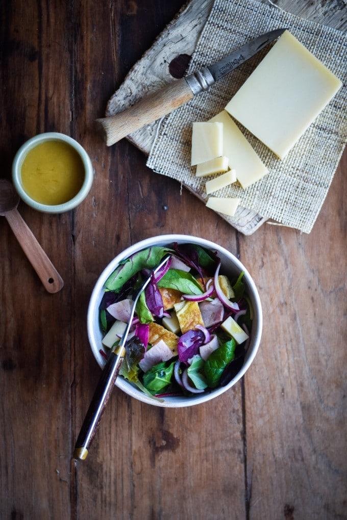salat med skinke og ost