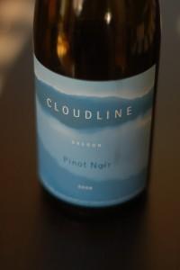 Pinot Noir Cloudline 2008 - Au moins, l'étiquette est jolie.