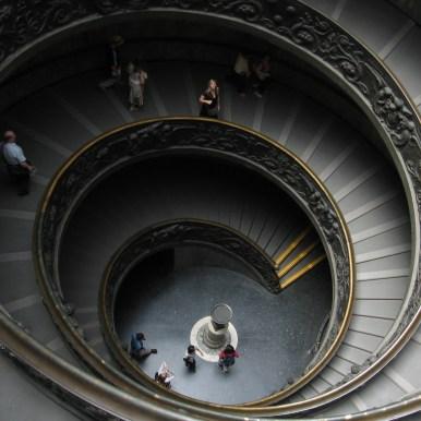 Escalier monumental aux Musées du Vatican