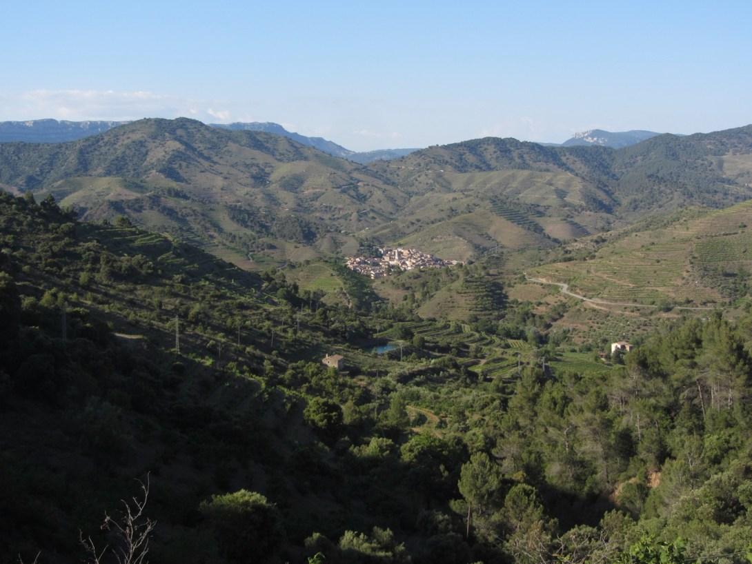 Village de Porrera au coeur des vignes.