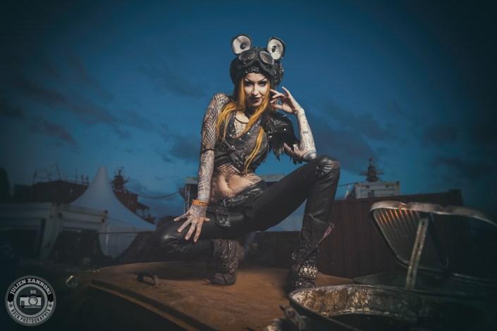 Rock model Shelly D'Inferno by Julien ZANNONI