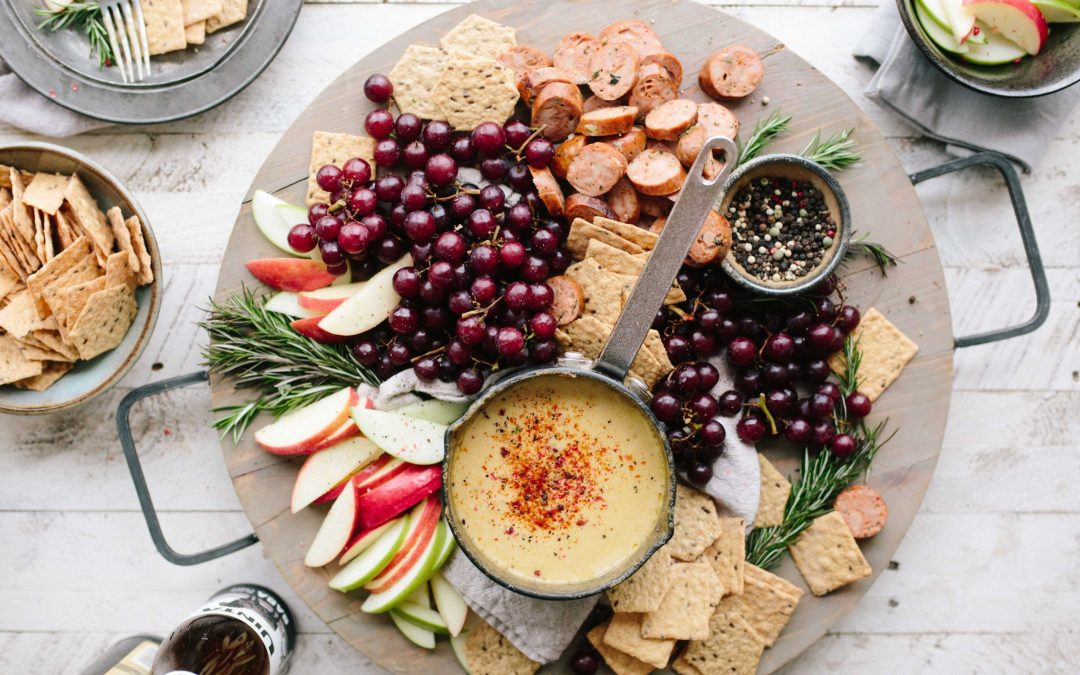 a new study out of the Northwestern University finds that offering a variety of snack choices can encourage kids to eat healthy