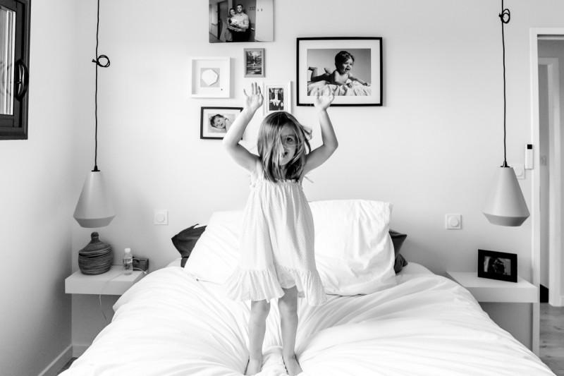 Photographe séance photo famille domicile Toulouse Julie Rivière Photographie