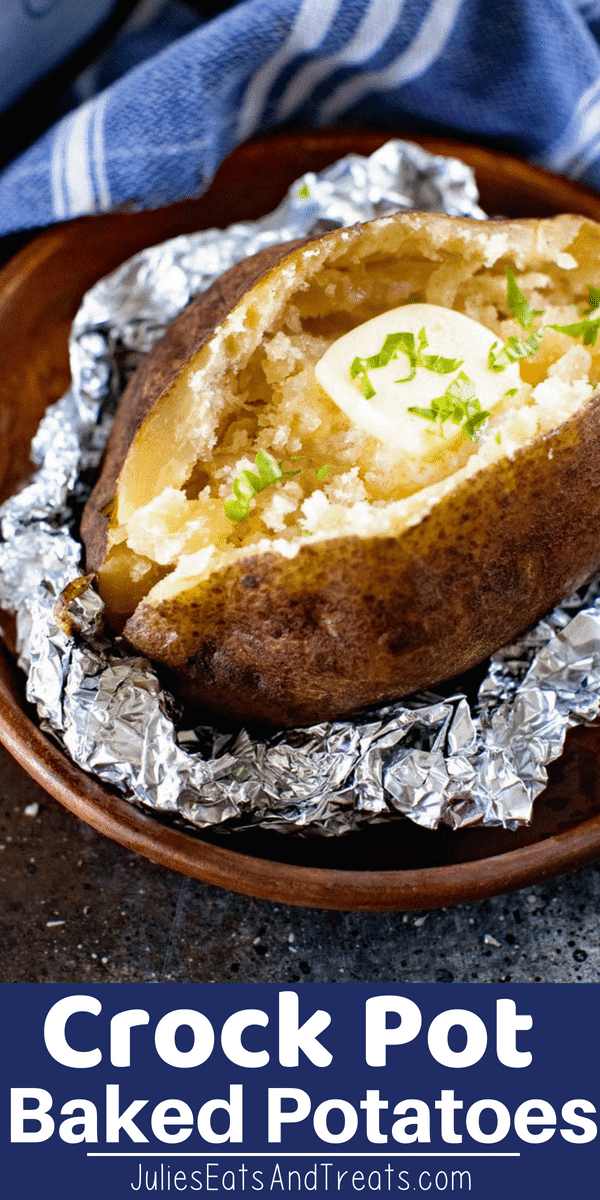 Quick and easy crock pot baked potatoes are even better than baked potatoes made in your oven! You can get baked potatoes without the oven heating up your house and come home to baked potatoes ready for dinner! How to Make Crock Pot Baked Potatoes | How to Make Slow Baked Potatoes | Baked Potatoes in Your Crock Pot #crockpot #bakedpotatoes #slowcooker #recipe #julieseatsandtreats