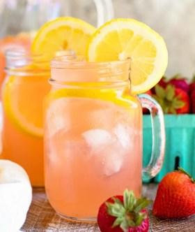 Vodka Strawberry Lemonade in Mug