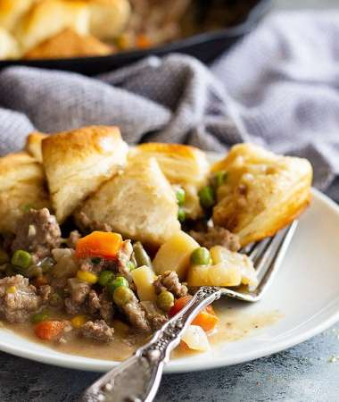 Easy Skillet Beef Pot Pie Recipe + VIDEO