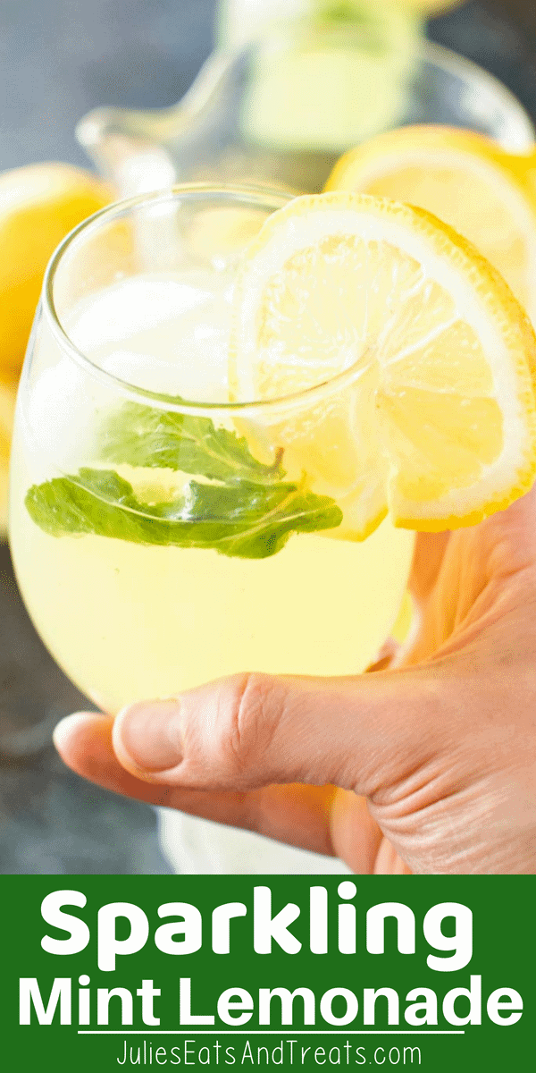 Sparkling Mint Lemonade is the perfect, refreshing beverage you can enjoy all summer long! Light, refreshing lemonade packed with mint flavor and bubbles. It's quick, easy and will be a hit at every summer BBQ! #mint #lemonade #beverage #drink #recipe #recipeinspiration #julieseatsandtreats