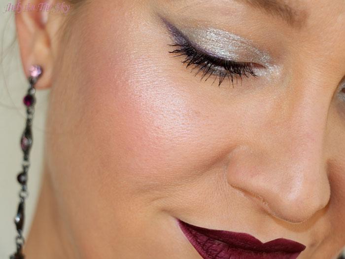 Un make-up givré pour passer l'année