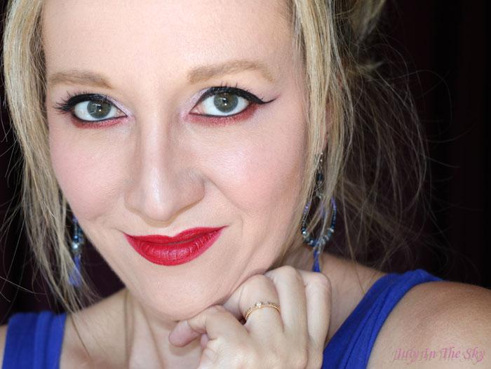 July In The Sky : blog beauté crayon lèvres avril azaé pur