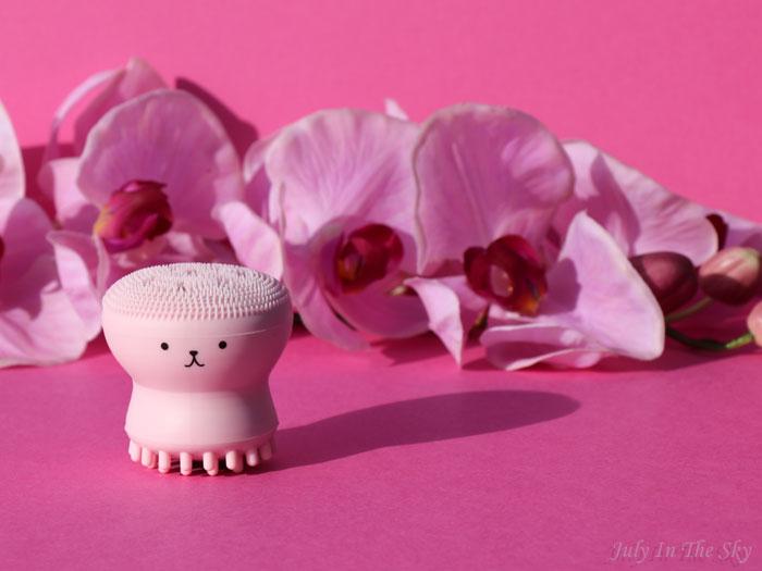 blog beauté kbeauty yestsyle Exfoliating Jellyfish Silicon Brush Etude House
