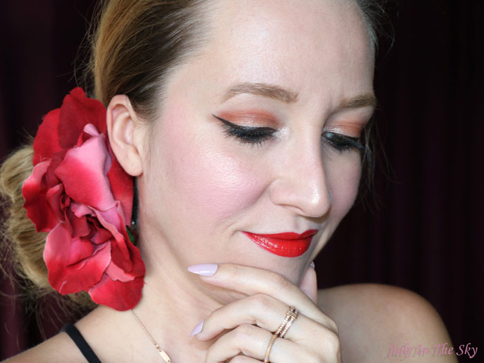 blog beauté L'Oréal Color Riche la belle et la bête 377 perfect red swatch avis test lipstick