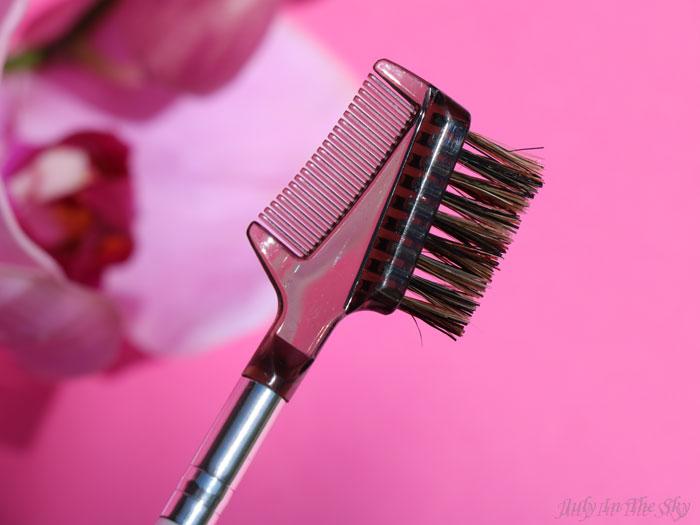 blog beauté You Are Cosmetics avis test cruelty-free maquillage vegan pinceau peigne cils et sourcils essentiel