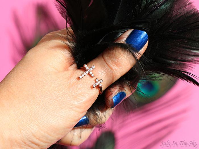 blog beauté bijou bague double croix avec zirconium O'Necklace