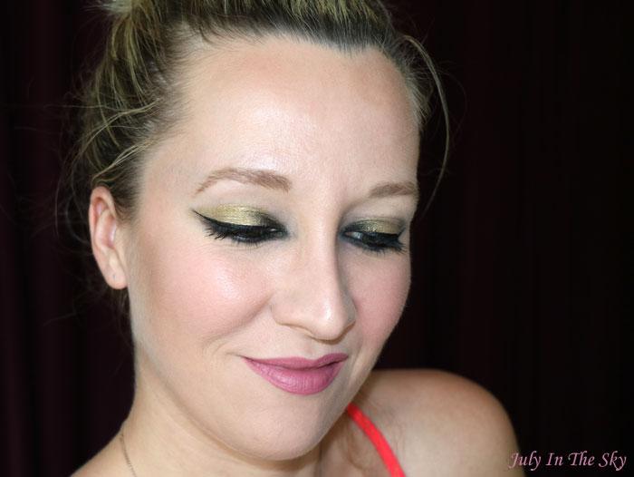 blog beauté velvet passion matte lipstick swatch mauve