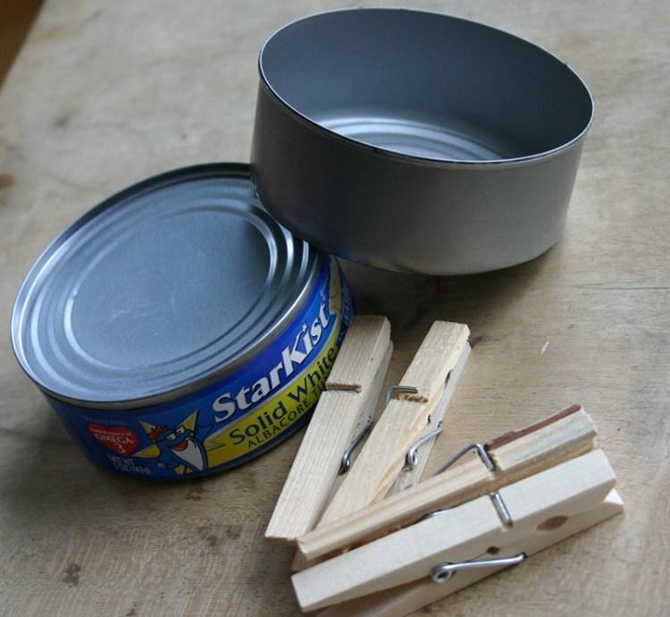 latas sardinas - Diseña con una lata de atún un recipiente rústico para decorar tus espacios