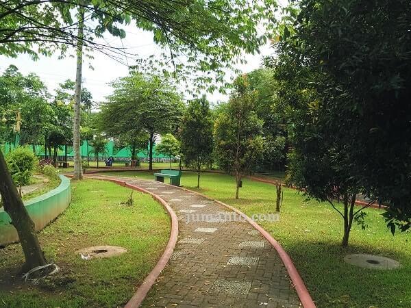 foto wisata taman RTH Bojong Purbalingga