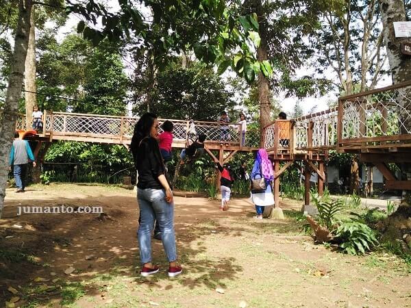 foto wahana tempat bermain anak di camp 91 lampung