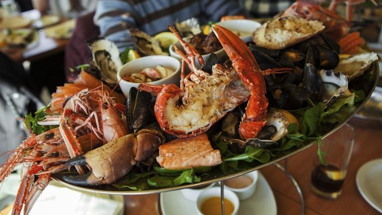 tempat makan seafood enak di bandar lampung