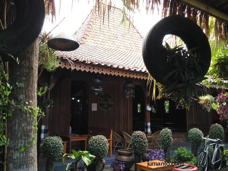 Cafe Di Bandar Lampung Hits, Kekinian, Instagramable, View Bagus