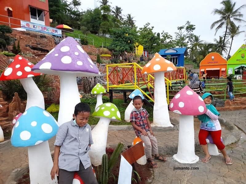 bukit sakura tempat bermain anak di lampung