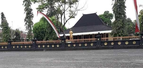 foto wisata monumen jenderal sudirman rembang purbalingga