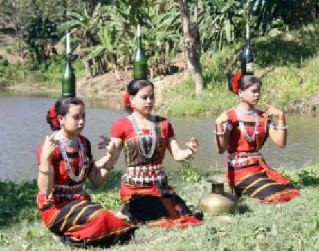 Performance of Tripura girls