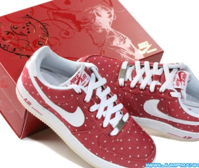 Inside Youll Find A Valentines Day Card As Well These Would Make The Perfect Give For That Special Sneakerhead Mens Nike Air Force 1 One