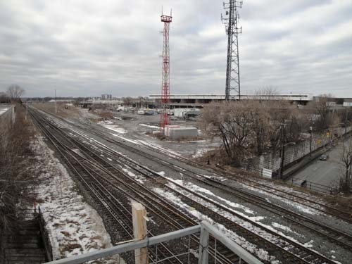A exciting new view of eele St and the subway train overpass from the TOP!  yes from the TOP!