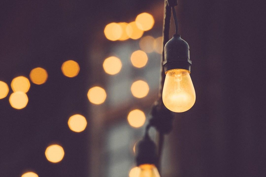 8x Hanglampen Inspiratie : Waarom lampen in een woning belangrijk zijn june two