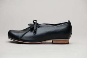 Ulla Black leather lace up shoes by JUNE9