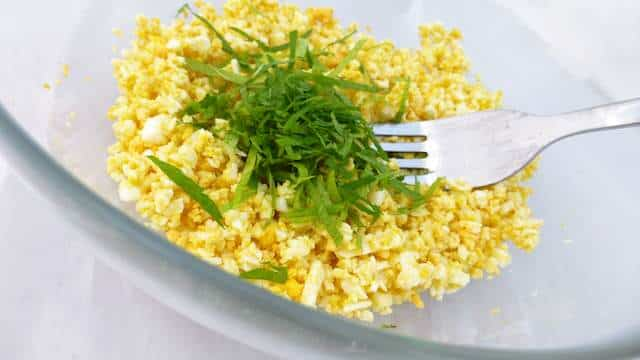 My best egg salad recipe ever: just add a little freshly chopped mint and lemon juice, yummm my favorite creamy egg salad!
