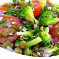 Easy Broccoli Salad Recipe with Lentils & Tomatoes