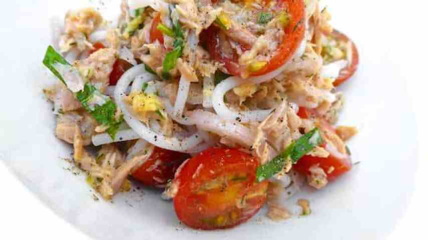 A fresh and easy Thai style tuna noodle salad: a chunky noodle salad with canned tuna, fresh cilantro and cherry tomatoes!
