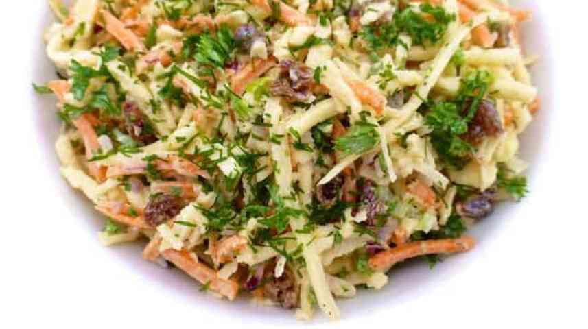 Parsnip slaw with grated carrots, mayo and raisins! I love parsnips: they are so flavorful and a tad sweet, probably one of my favorite winter vegetables!