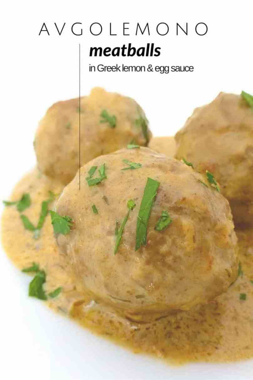 Creamy Greek avgolemono sauce or egg and lemon sauce: the perfect companion for these silky lamb meatballs! Enjoy your meal...
