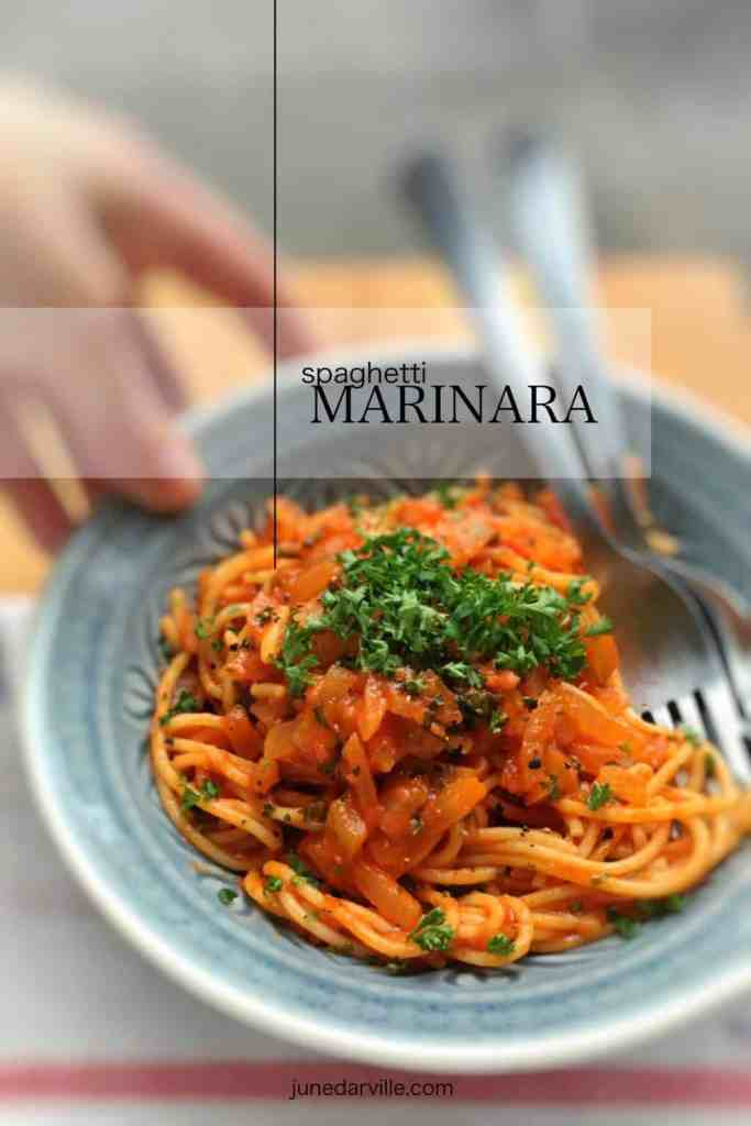 Delicious Italian simplicity at its very best: my classic marinara sauce recipe with fresh tomatoes, garlic and onions...