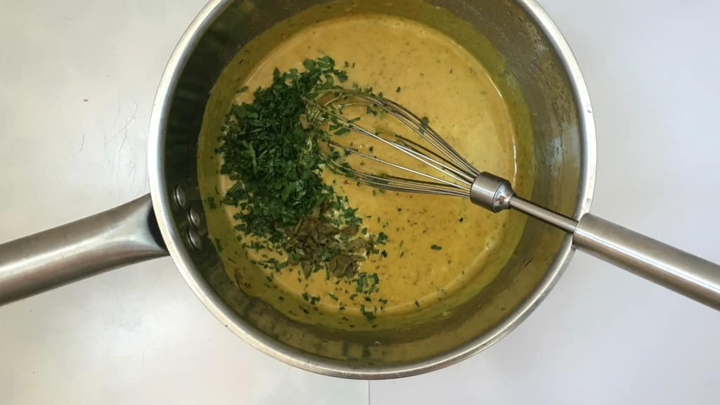 Do try out my yummy sweet mustard sauce with mayo, cream and capers: the perfect companion for your next (cold) pork roast dinner!