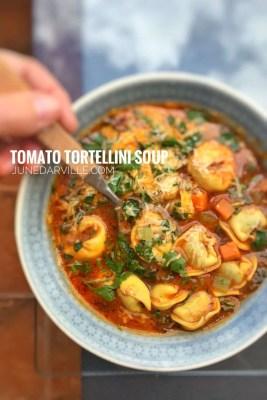 Easy Cheesy Tortellini Soup Recipe