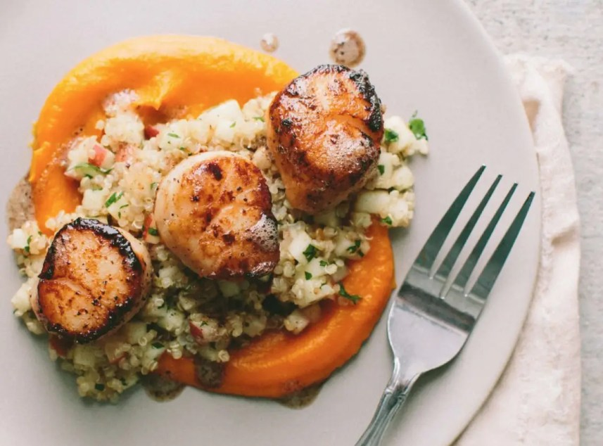 Fresh scallops are delicious. How do you usually cook them? Check out these 20 best fresh scallop recipes from fellow food bloggers!