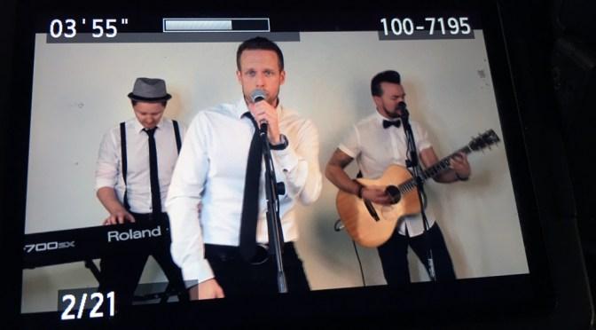Junik :: Videoshooting :: Acoustic-Medley